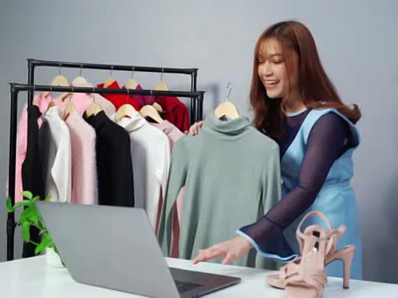 Tiếp thị mặt hàng quần áo qua email trong ngành thời trang