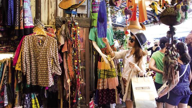Tìm nguồn sỉ bán quần áo livestream dành cho chủ shop